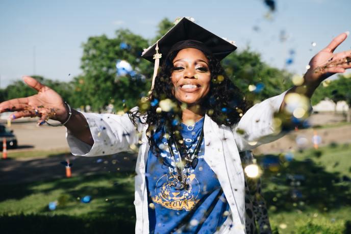 graduate confetti