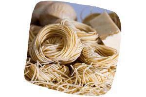 Les pâtes contiennent beaucoup de glucides