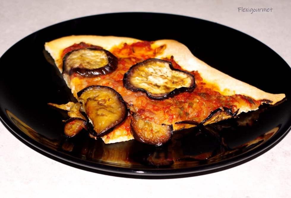 Recette végétarienne : pizza aux aubergines