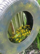 tire planter 067