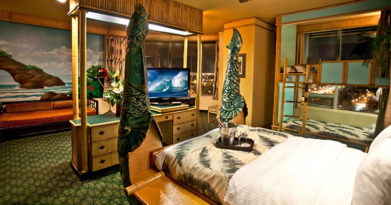 Luxury Polynesian Family Theme Room