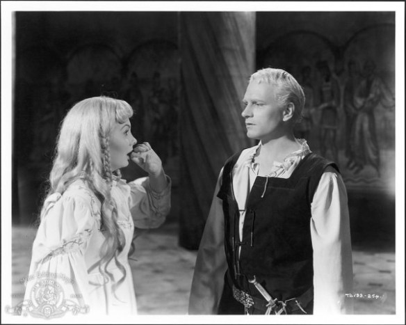 still-of-laurence-olivier-and-jean-simmons-in-hamlet-(1948)-large-picture