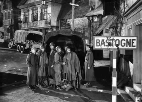 bastogne-battleground-william-wellman-1949-L-BbOgeC
