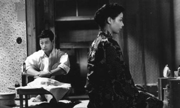 scene-fropm-Ozu-film-Earl-001