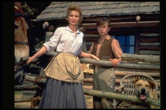 still-of-tommy-kirk-and-dorothy-mcguire-in-old-yeller-(1957)-large-picture
