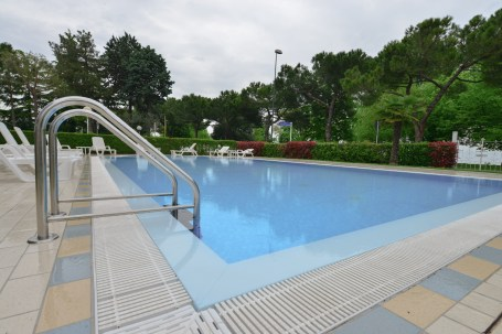 Suisse Hotel, Sirmione, rainy day, swimming pool