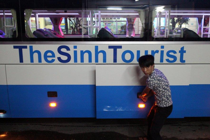Sinh Tourist Bus Leaving Hoi An to Nha Trang