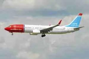 aircraft-boeing-737-800-registration-LN-NGE-3ab37760a9_n