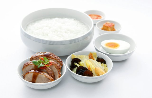 sia-business-class-teochew-porridge-served-with-braised-duck-in-spiced-soya-sauce