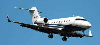 Challenger 605 for charter now with operator Starbase Jet, Texas.