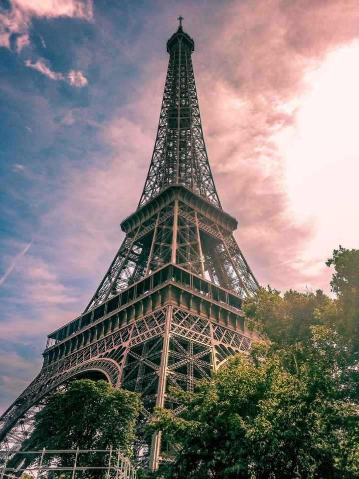 New York to Paris fr$142 One Way