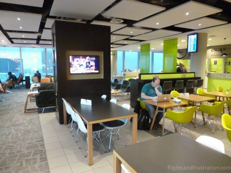 Escape lounge manchester airport terminal 3 review for Best airport lounge program