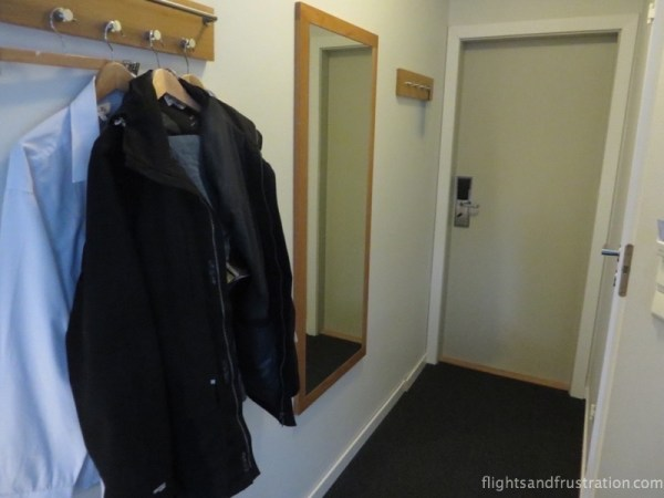 Yes this is my wardrobe and why you find nice hotel rooms in a norwegian hotel