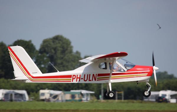 PH-ULN Leskist van Flightschool Teuge