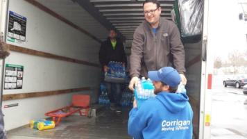 Flint Jewish Federation water donations (2)