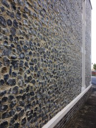 Chalk knapped flint in a church extension – St Mary at Quay – Ipswich.