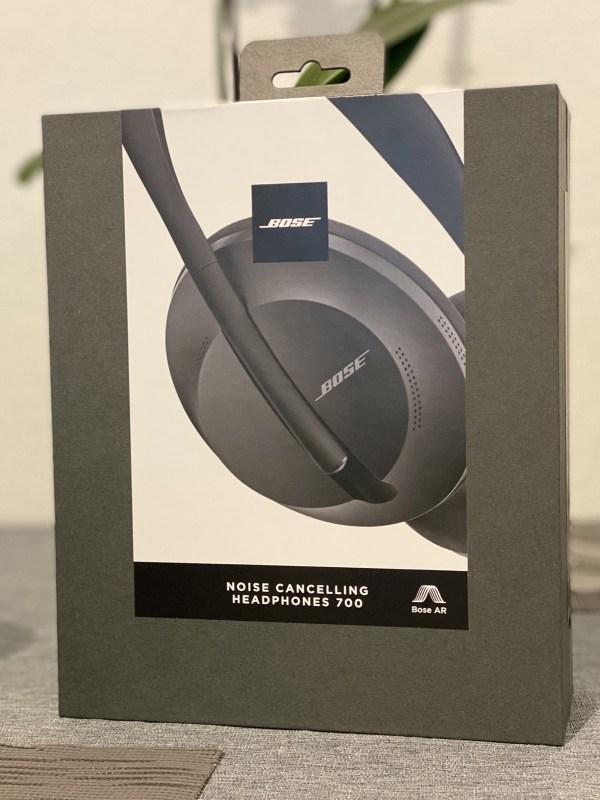 Bose Noise Cancelling Headphones 700 1