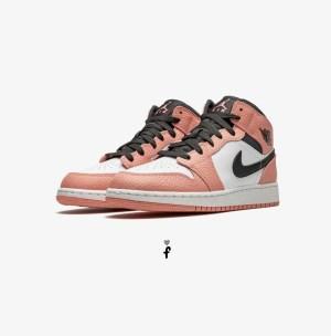 Nike Air Jordan 1 Og Quartz
