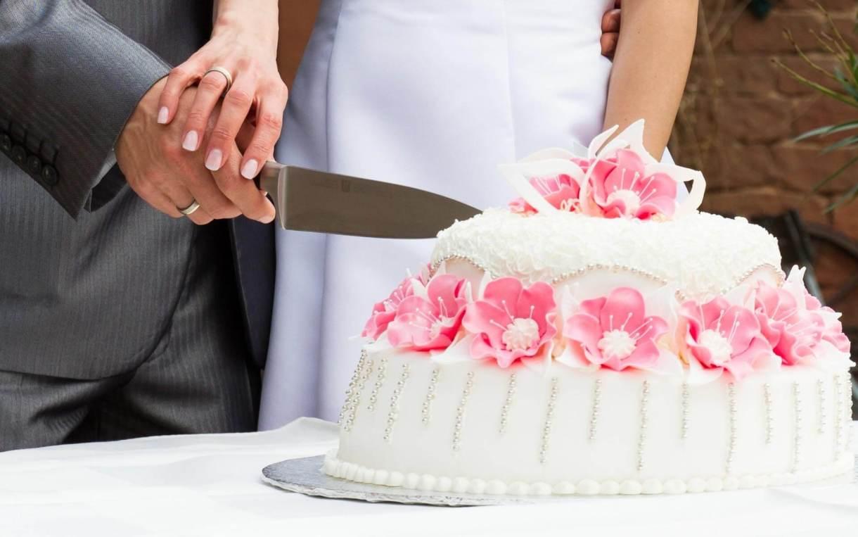 cake-for-anniversary