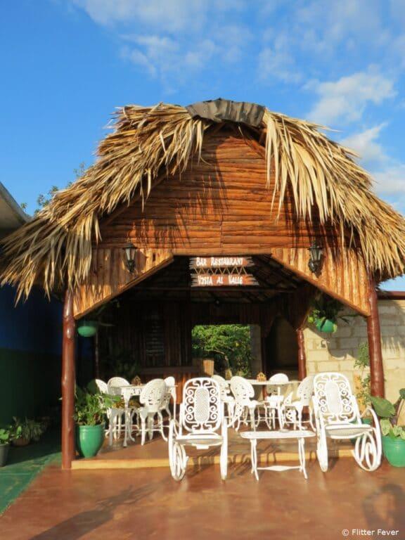 Terrace & bar Viñales Villa Vista al Valle Cuba