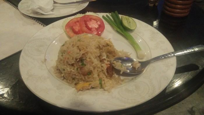 タイ料理屋「Noi Kwa Roi Bar & Restaurant」のチャーハン