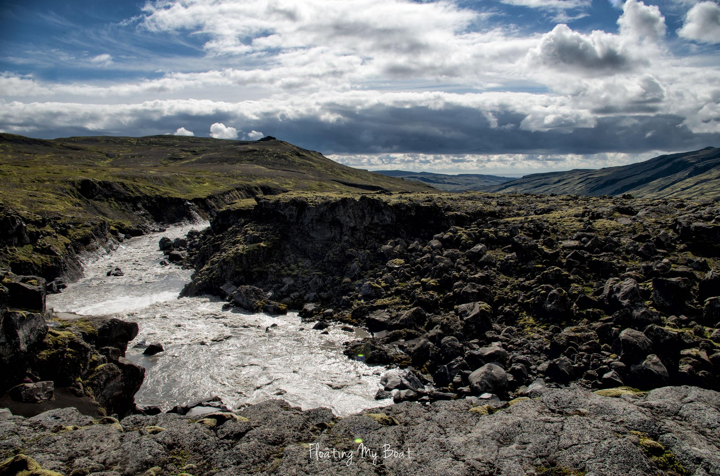 trekking-vatnajokull-iceland-11