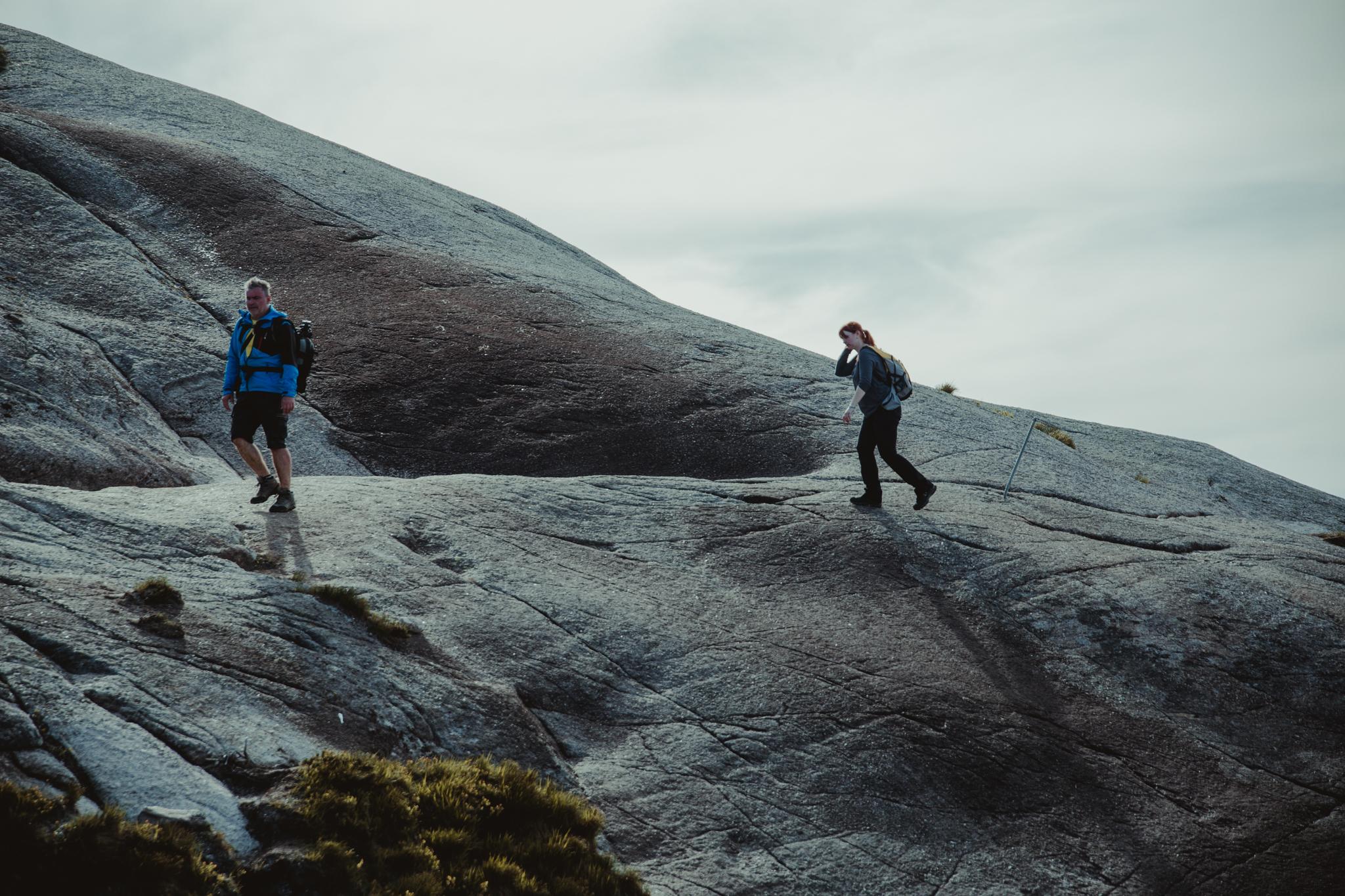 kjerag-szlak-łańcuchy-stromo-norwegia