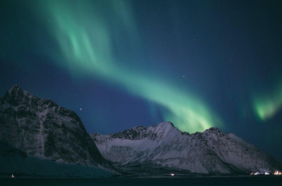 Zorza polarna na północy Norwegii – gdzie znaleźć zorzę i jak ją fotografować?
