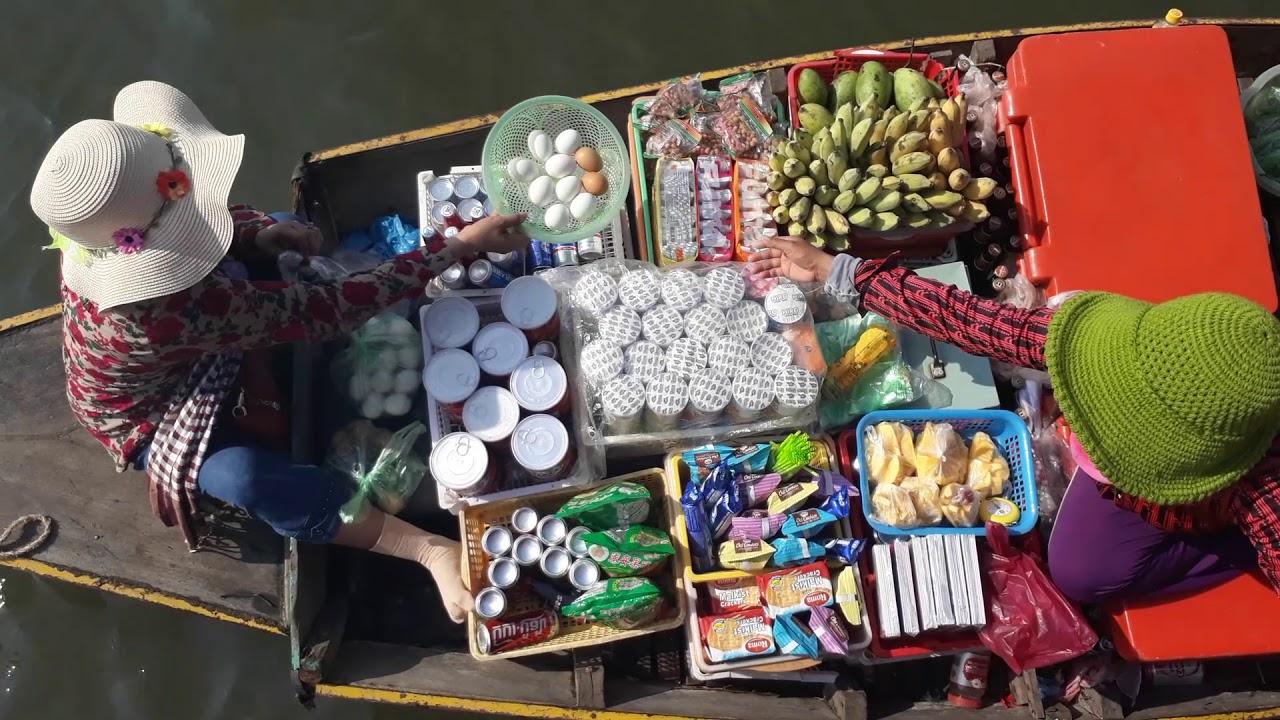 Floating Village Scams at Floating Market