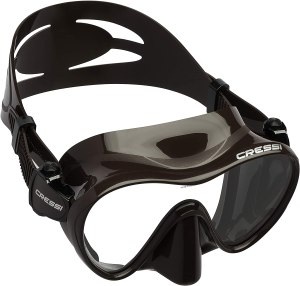 best scuba mask for hairy face