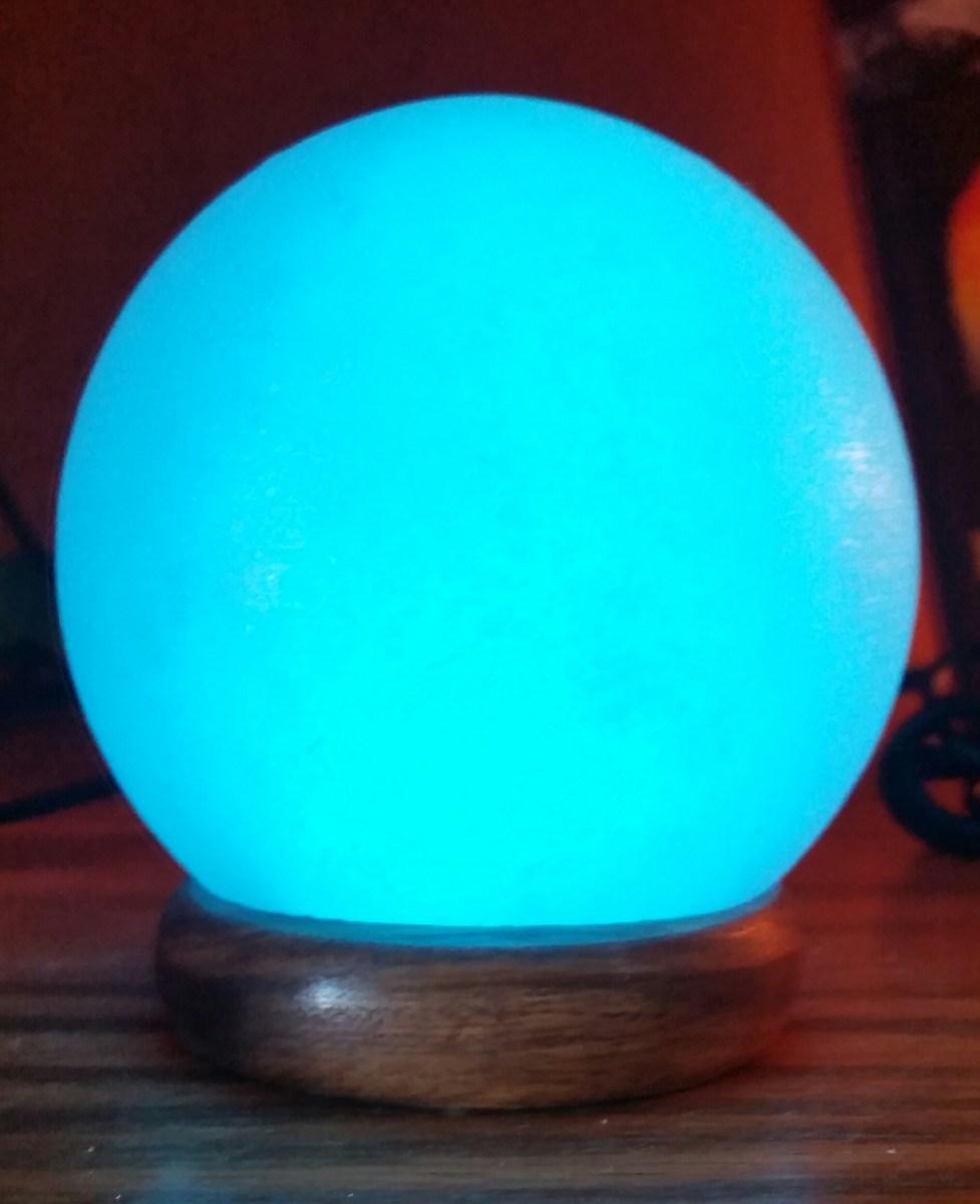 Mini Globe USB Himalayan Salt Lamp Cloud Nine Flotation