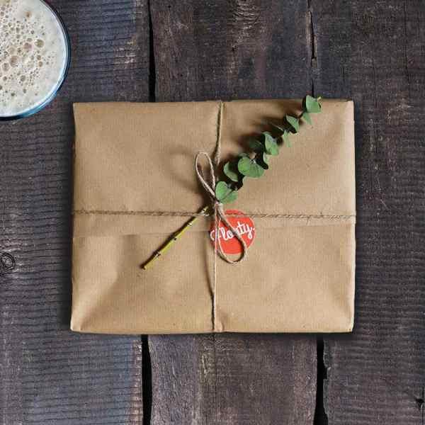 Kronkorkensammler als Geschenk mit Eucalyptus