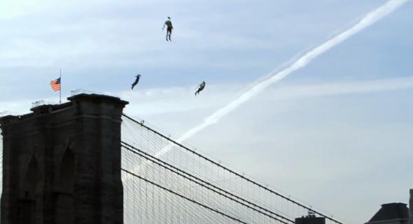 紐約市上空的超能飛行人