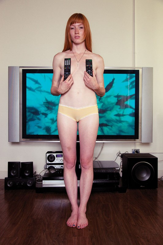 HOME-ENTERTAINMENT-Richard-Kern-2