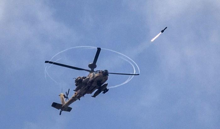 阿帕契直升機攻擊