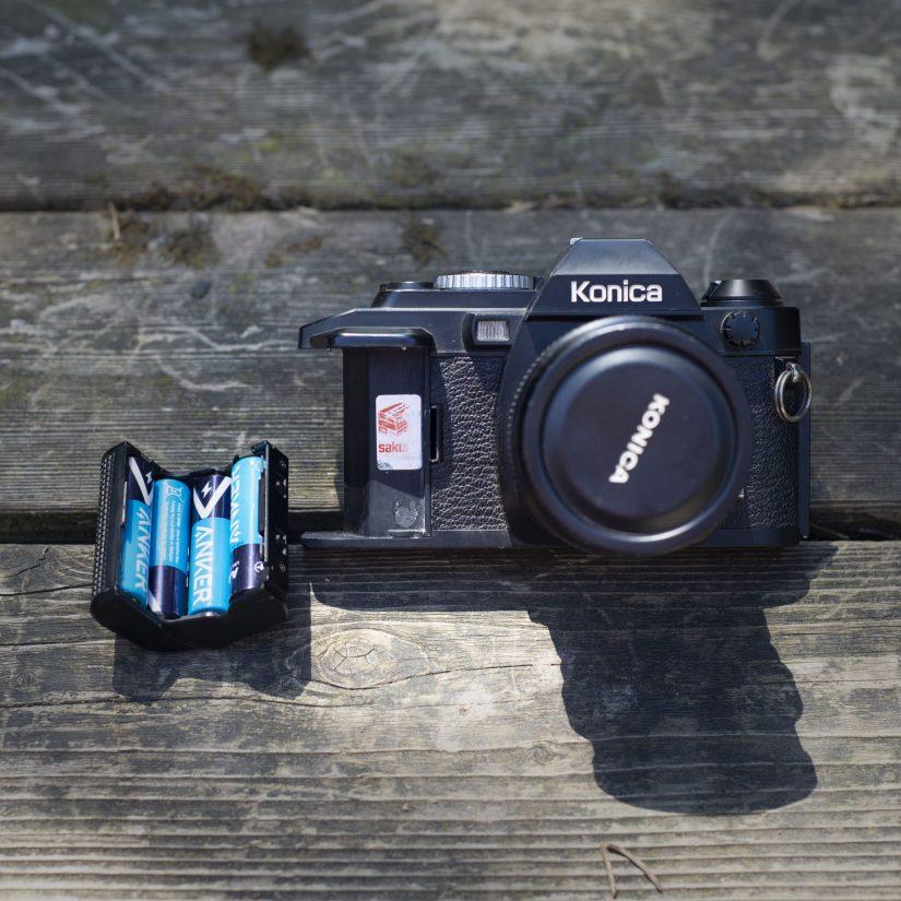 Konica FS-1 battery tray