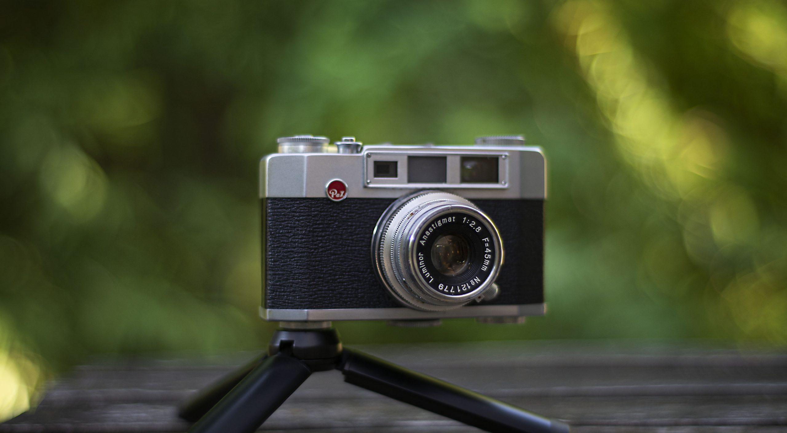 Pax M4 35mm film camera