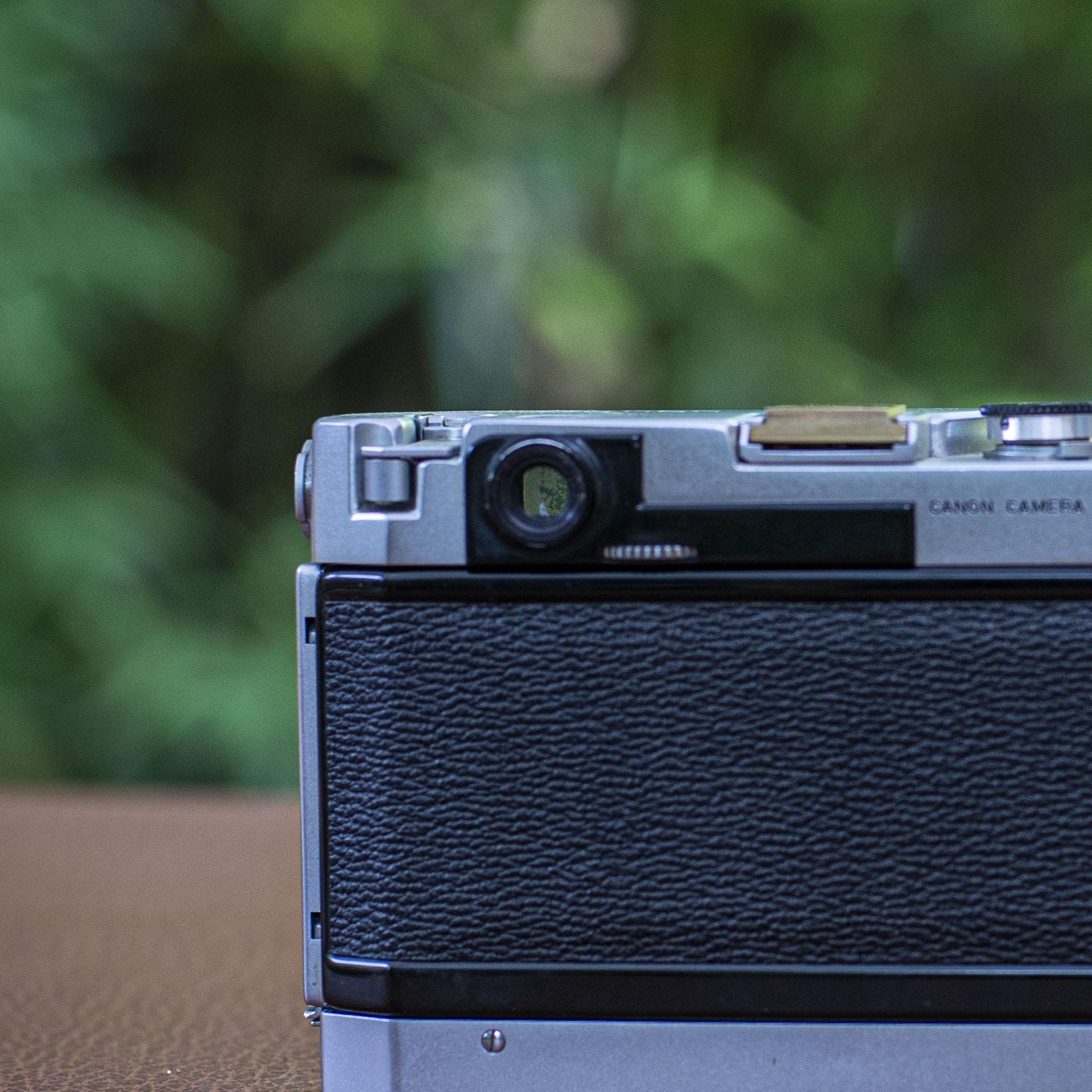 camera rangefinder adjustment dial