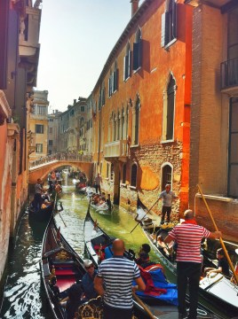 The canals can get a little crowded!
