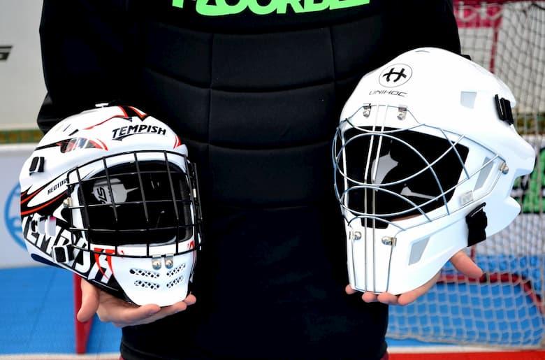 Разница между младшим и старшим флорбольным шлемом