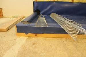 Bent lath for curb
