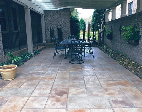 Slate Patio Tiles Flooring On Outdoor Patio With Black Furniture - Is Slate Tile Good For Outdoor Patio. Tile Top Patio Table High