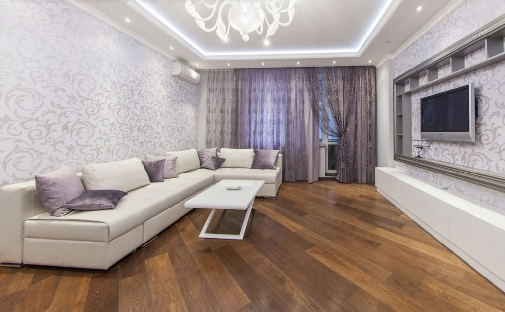 A beautiful home with Laminate floor