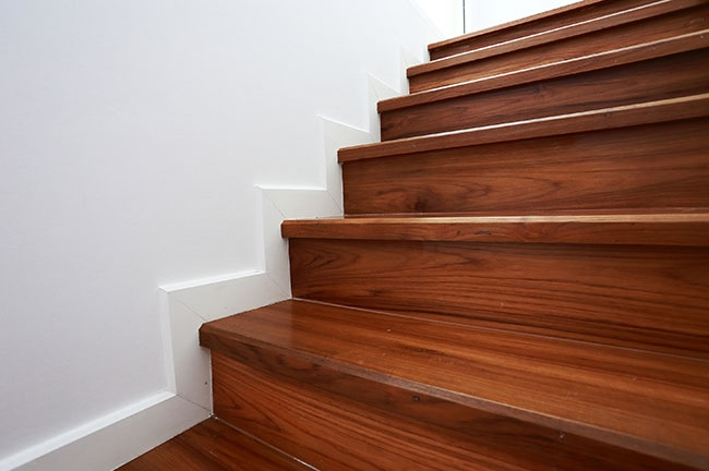 The Best Flooring Solutions For Your Stairs Floorscapes Inc   Wooden Floor And Carpet On Stairs   Carpet Runner   Downstairs   Middle Stair   Popular   Wood Riser