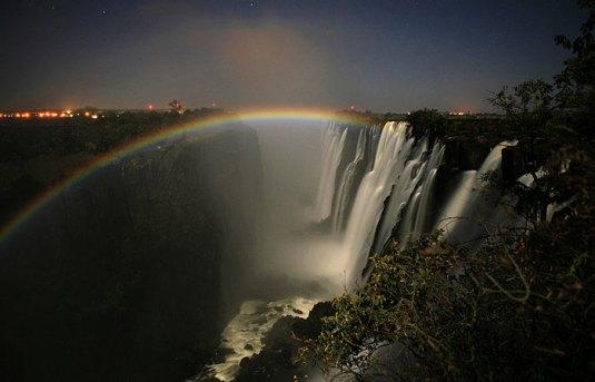 10_lunar_rainbow