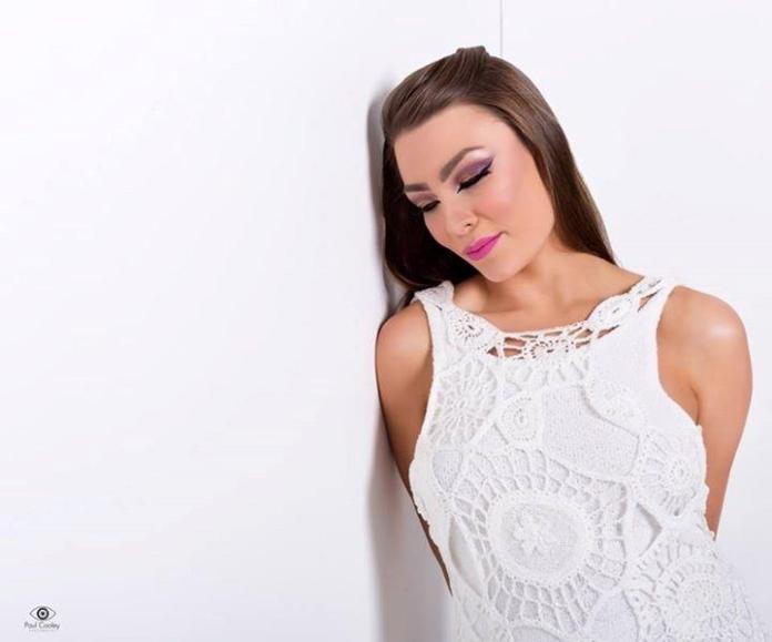 Caroline Mitchell knitwear Interview with Floralesque.