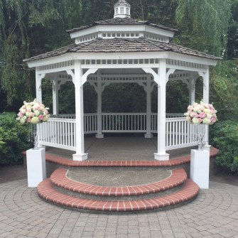 ceremony flowers at Abigail's Garden at Abernethy Center