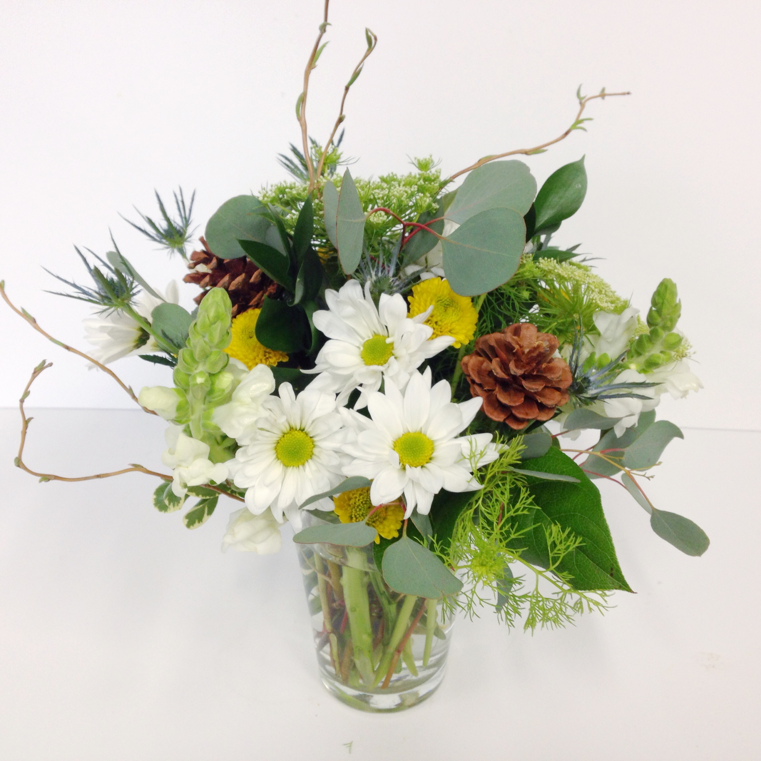 Flower arrangements gallery floral sunshine small woodsy arrangement of neutral flowers small woodsy arrangement of neutral flowers reviewsmspy