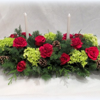 Long Traditional Christmas Centerpiece