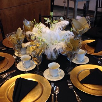 20s Theme Party, Ostrich Feather Centerpieces